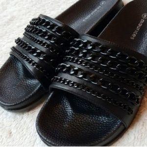 NWOT Maurices black chain sandal slides, 9